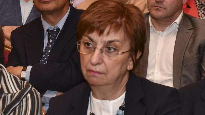 Екатерина Михайлова: Институтът на служебното правителство създава напрежение