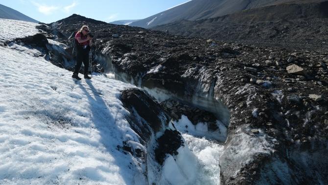 Климатолози: Арктика може да остане без лед до 2035 г.