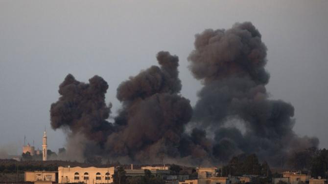 """Израел атакува набюдателен пост на """"Хамас"""" в Газа"""
