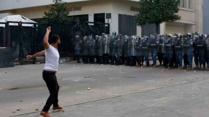 Ливанските власти са насочили значителни военни и полицейски части към