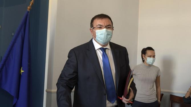 Здравният министър и проф. Ангел Кунчев отиват в Добрич