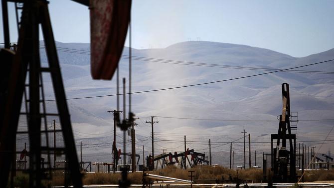 Цените на петрола продължиха възходящата си тенденция. Инвеститорите бяха окуражени