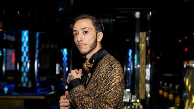 Софка подари джип на Лоренцо за 18-ия рожден ден