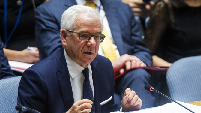 Полша изяви готовност да посредничи между президента на Беларус Александър