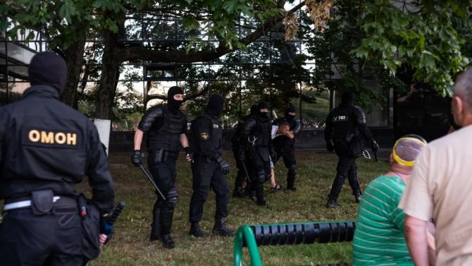 По време на протестите вчера в Беларус са задържани повече