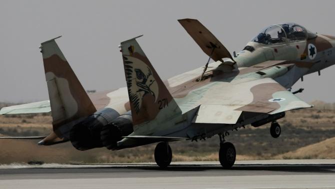 Израел удари обекти на ХАМАС