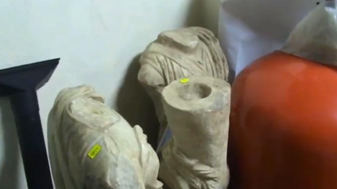 """6 332 са вече изетите артефакти от офиса на Божков на ул. """"Московска"""""""