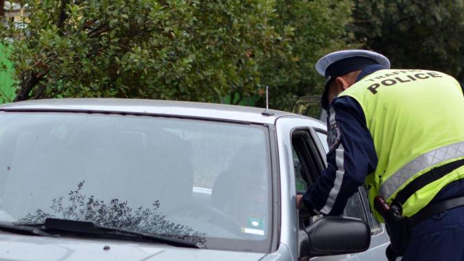 Специализирана полицейска операция за контрол на движението по пътищата извън
