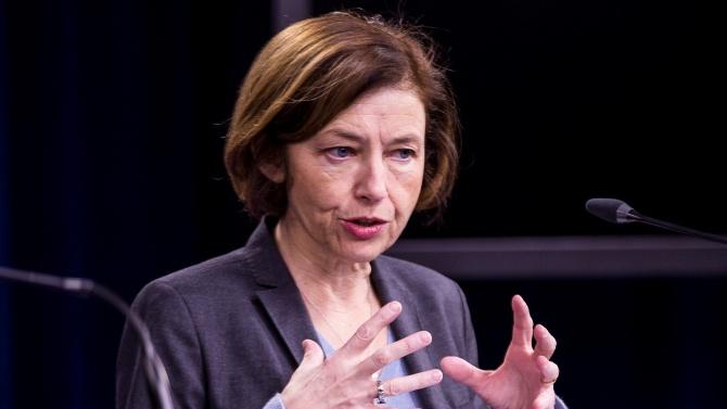 Френската министърка на въоръжените сили отива в Бейрут