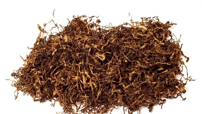 Разбиха незаконен цех за рязане на тютюн в Столипиново