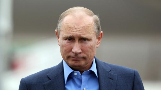 Светът осмя Путин и Спутник В, вмъкнаха и българска следа