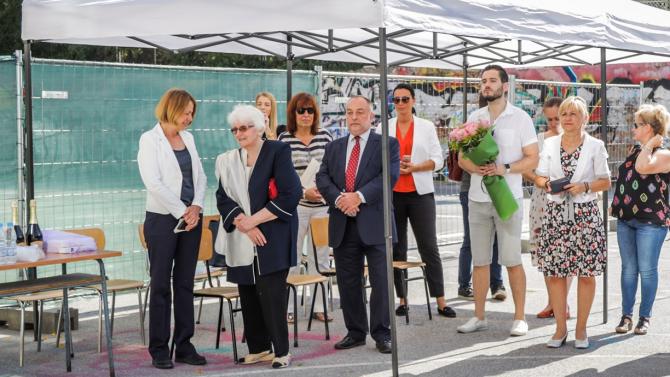 Фандъкова: Започнахме разширението на 9-та Френска езикова гимназия