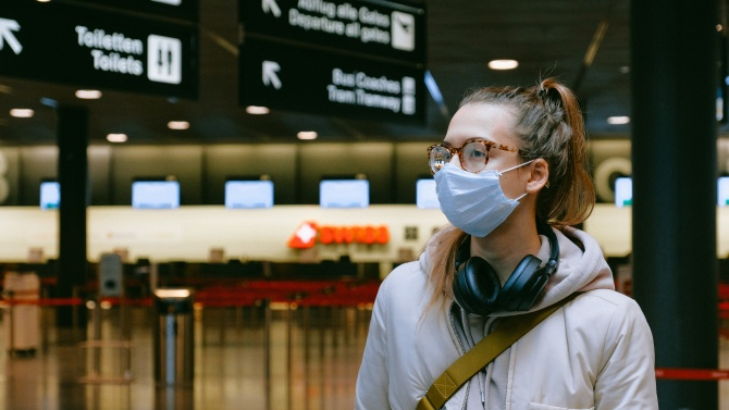 Летището на Хонконг възобновява трансферите за полети към останалата част на Китай