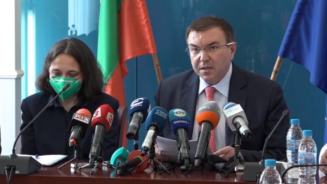 Проф. Костадин Ангелов: Увеличаваме цените на клиничните пътеки