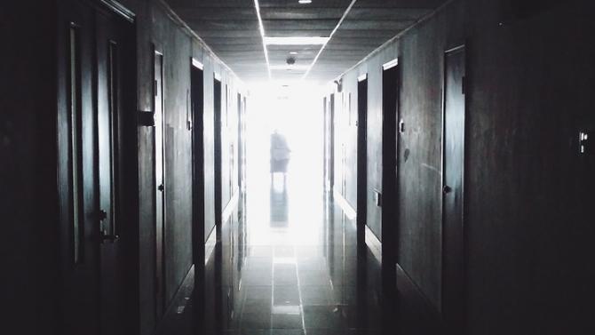 Заразен с коронавирус мъж от Исперих е починал в разградската болница