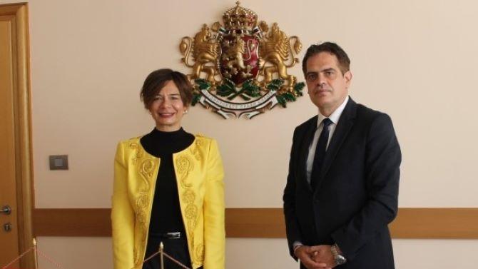 Министърът на икономиката се срещна с турския посланик