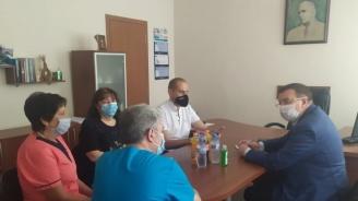 Проф. Ангелов: Държавата разполага със запаси, достатъчни да обезпечат лечебните заведения във всички точки на страната