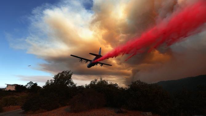 Десетките горски пожари, бушуващи в Северна Калифорния, отнеха живота на