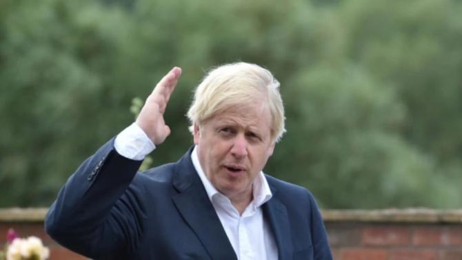 Борис Джонсън призова британците да върнат децата си на училище