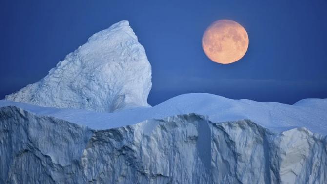 Русия ще строи летище от лед в Арктика
