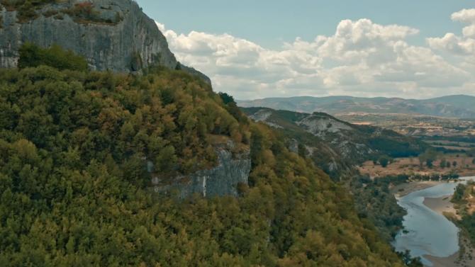 Министерството на туризма започва излъчването на първите три рекламни клипа,