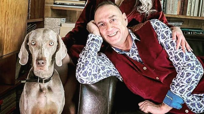 Любен Дилов: Заключете жена си и кучето си в банята. Отключете след 3 часа. Вижте кой ще ви се зарадва повече