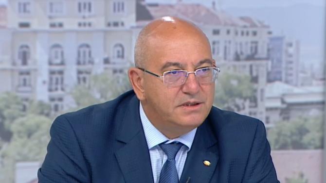Екоминистърът: Изненадваща беше оставката на Данаил Кирилов