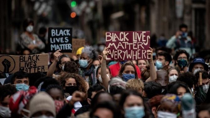 Хиляди се събраха във Вашингтон за демонстрация срещу полицейското насилие над чернокожи