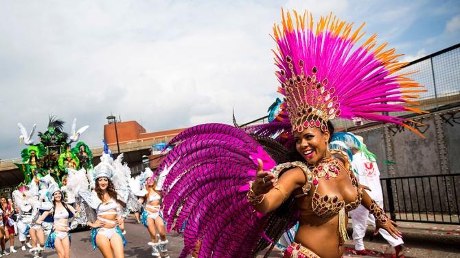 Карнавалът в лондонския квартал Нотинг хил започна онлайн заради пандемията