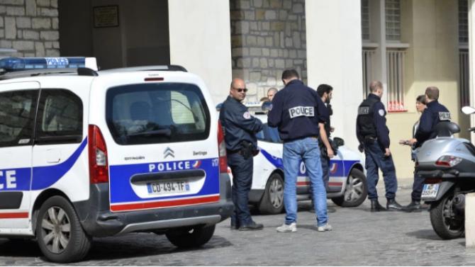 Разследват френски офицер по подозрения в шпионаж в полза на Русия