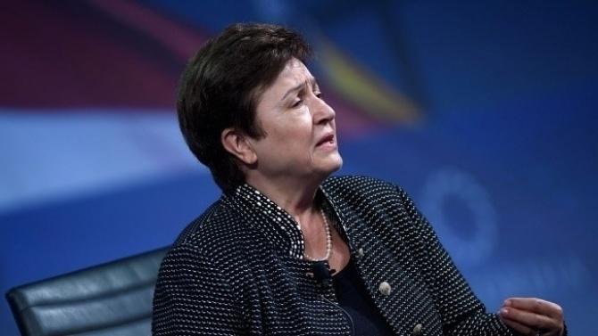 МВФ: Фискалните разходи за 11 трлн. долара заради Covid-19 ще подкрепят растежа през 2021 г.