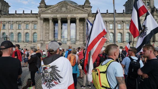 Властите в Берлин ще въведат задължително носене на маски по време на демонстрации