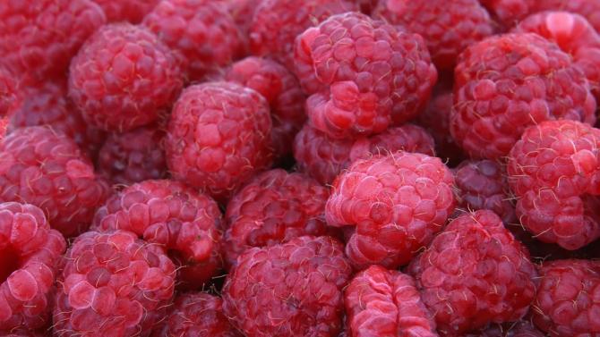 Вижте какви за здравословните ползи от яденето на малини