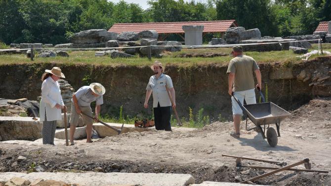Започнаха археологическите разкопки в римския град Никополис ад Иструм