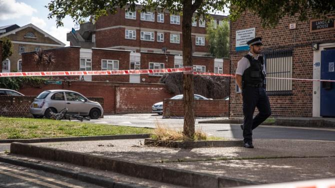 Нападение с нож в Бирмингам, има ранени