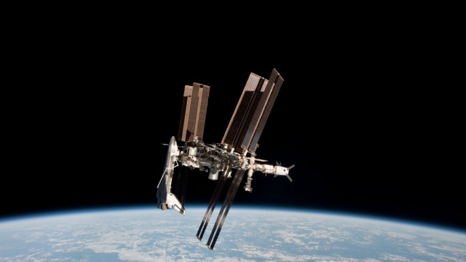 """Китайската сонда """"Тянвън-1"""" вече е на разстояние 15 млн. километра от Земята"""