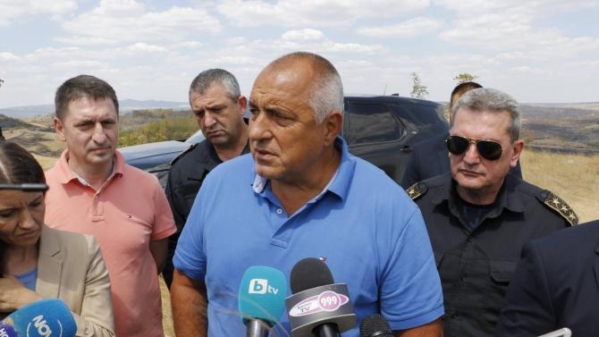 Борисов благодари на пожарникарите