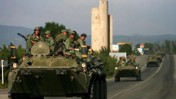 Москва изпраща 300 военни в Беларус