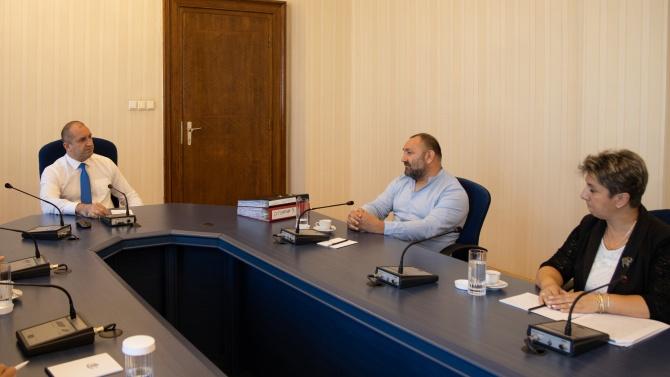 Румен Радев: Не трябва да се допуска водоснабдяването да се превърне в системен проблем на България
