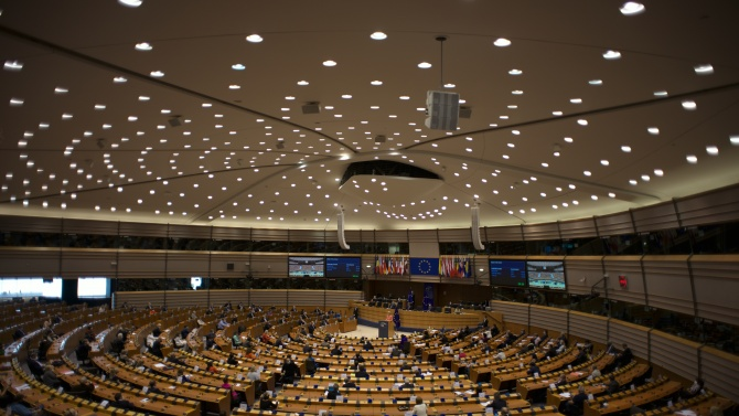 ЕП проправи пътя към финансирането на възстановителния план на ЕС