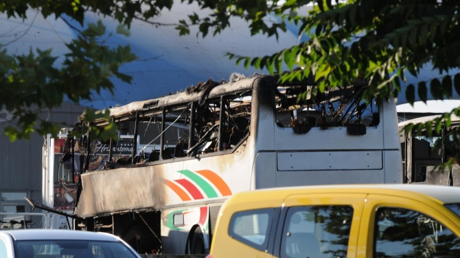 Поискаха доживотен затвор без право на замяна за атентаторите от Сарафово