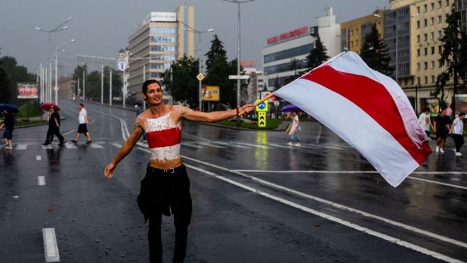 Полша предлага създаване на фонд за стабилизиране на Беларус