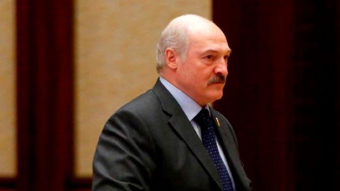 Лукашенко уволни дипломати заради подкрепата им за демонстрациите