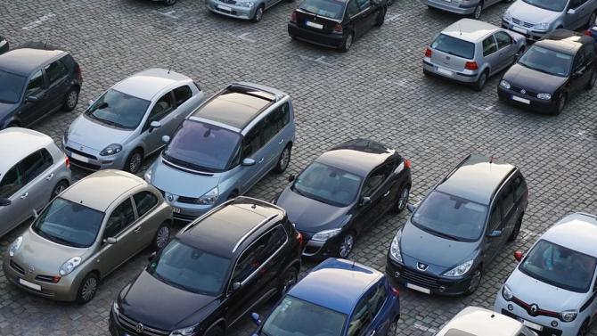 Скандал на паркинг в Балчик, мъж твърди, че е бит