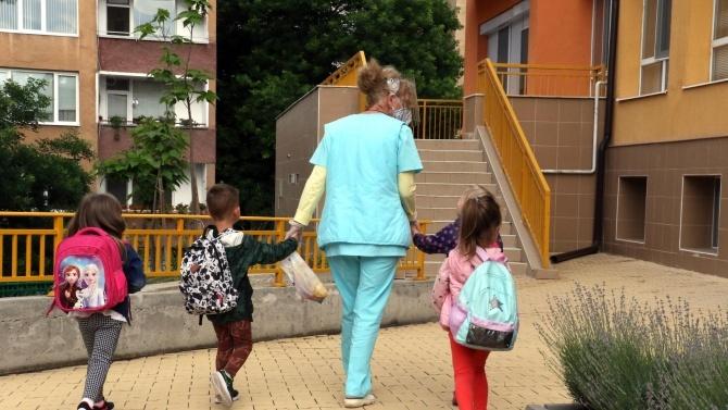 Четирима души от персонала на сливенска детска градина са с COVID-19