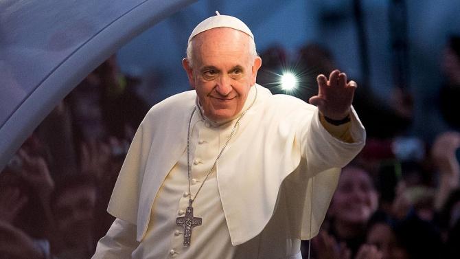 """Папа Франциск иска """"да освободи"""" Дева Мария от мафията"""
