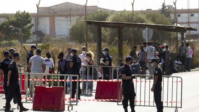 Комисариатът на ООН: Новият лагер за мигранти на Лесбос да бъде временен