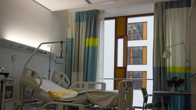Жената, блъсната от друсан шофор в Самоков, лежи неподвижна от 3 месеца в болница