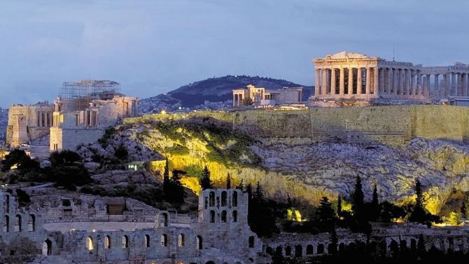 Забраняват за 2 седмици кина и концерти в Атина заради коронавируса