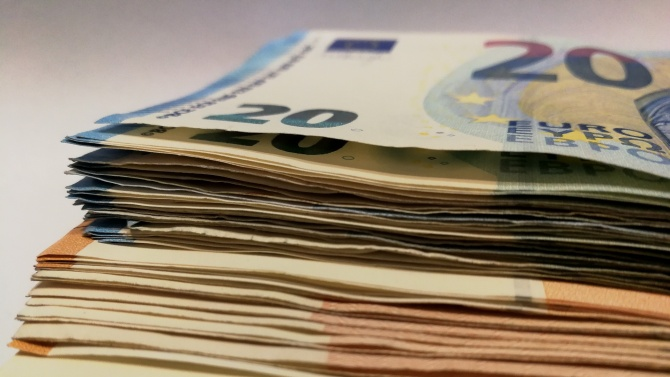 Унгария удължава мораториума върху кредитните вноски до средата на 2021 г.